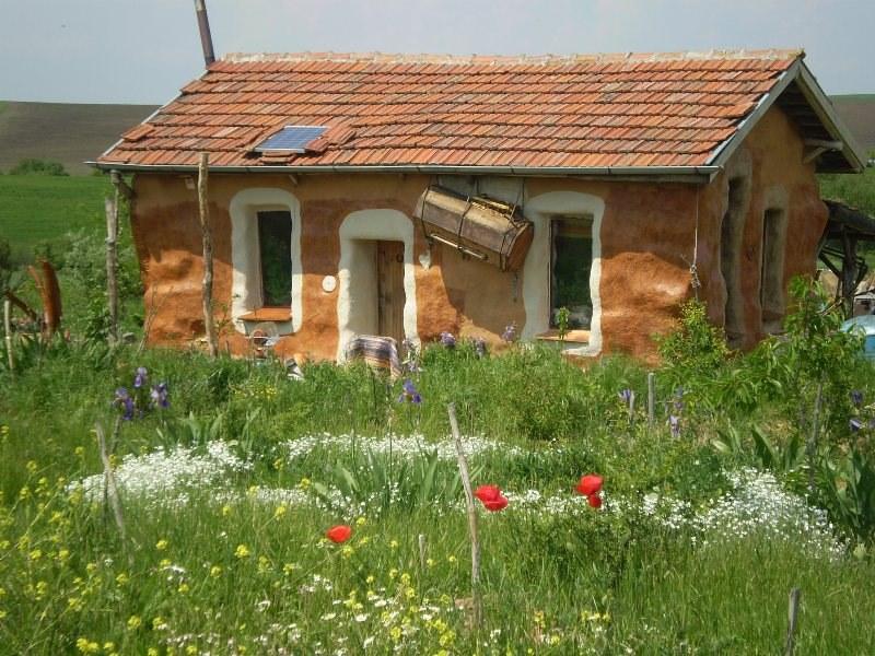 Къща в Родово имение Изворче